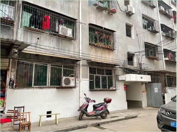 党建引领激发创城活力 红色物业打造宜居家园
